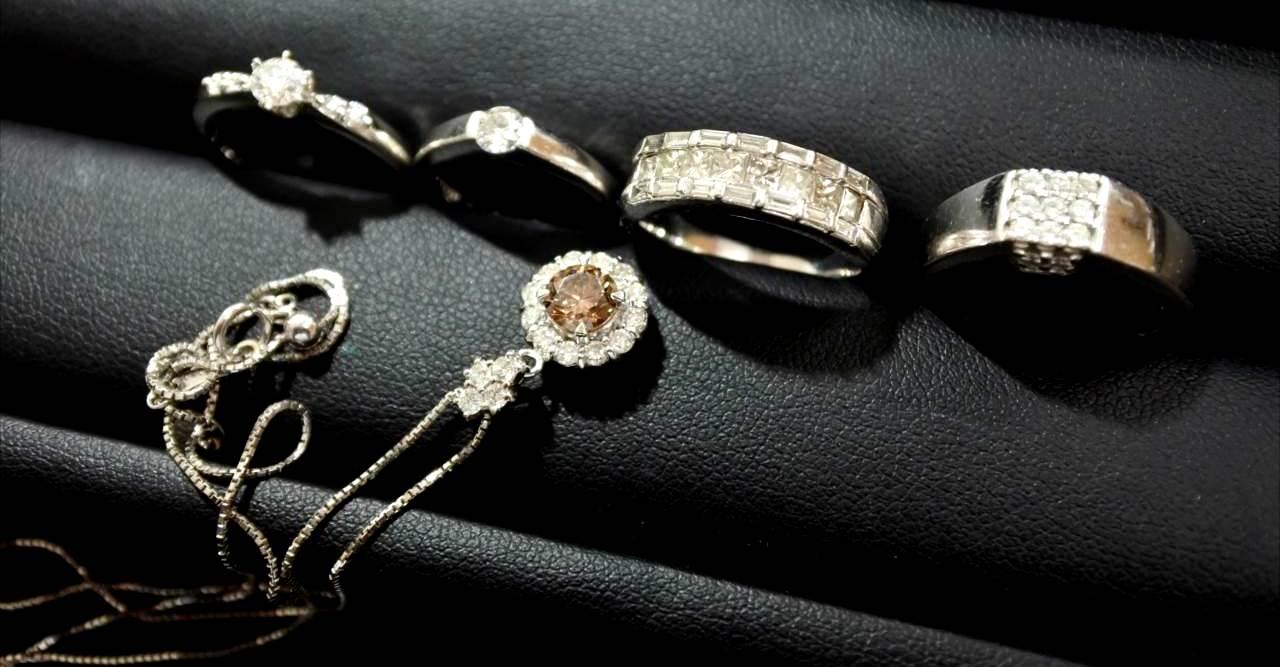 買取 ダイヤモンド 金 プラチナ 宝石 盛岡 まねき堂